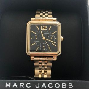 Brand new Marc Jacobs Gold watch.